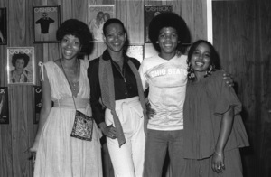 The Sylvers visiting the Los Angeles offices of Cashbox music trade magazine (Sheila Eldridge of Casablanca Records, Angie Sylvers, Foster Sylvers, Carita Spencer - R&B Editor at Cashbox Magazine)1979 © 1979 Bobby Holland - Image 19575_0061