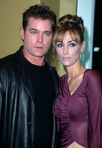 Ray Liotta along with his wife attend the premiere of the new film, Bandits held at the Mann Village theater in Westwood Ca. 10/4/01. © 2001 Glenn Weiner - Image 19588_0131