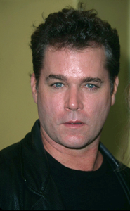 Ray Liotta attends the premiere of Bandits held at theMann Village theater in Westwood California. 10/04/01. © 2001 Glenn Weiner - Image 19588_0132