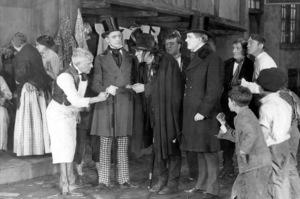 """Dr. Jekyll and Mr. Hyde""John Barrymore1920 Paramount-Artcraft**I.V. - Image 19593_0001"