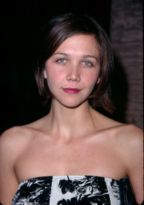 Maggie Gyllenhaal at the premiere of Donnie Darko held at the Egyptian theatre in Hollywood California. 10/22/01. © 2001 Glenn Weiner - Image 19647_0111
