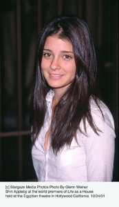Shiri Appleby at the world premiere of Life as a Househeld at the Egyptian theatre in Hollywood California. 10/24/01. © 2001 Glenn Weiner - Image 19650_0109