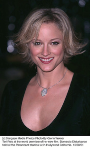 Teri Polo at the world premiere of her new film, Domestic Disturbance held at the Paramount studios lot in Hollywood California. 10/30/01. © 2001 Glenn Weiner - Image 19661_0127