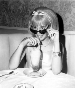 "Sue Lyon at the Premiere nightof ""Lolita."" 1962 MGM / **I.V. - Image 19687_0001"