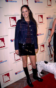 Marisa Ramirez arrives at the Lint Roller Party to benefit the Animal Sanctuary. The benefit party was held at the Century Club in Century City California. 11/15/01. © 2001 Scott Weiner - Image 19689_0105
