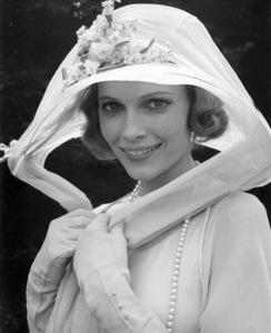 """Mia Farrow in """"The Great Gatsby""""1974 Paramount** I.V. / M.T. - Image 19690_0025"""