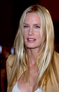 Daryl Hannah at the premiere of the new film, Spy Game held at the Mann National theatre in Westwood Ca. 11/19/01. © 2001 Glenn Weiner - Image 19691_0105