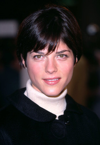 Selma Blair attends the premiere of the new film, Spy Game held at the Mann National theatre in Westwood Ca. 11/19/01. © 2001 Glenn Weiner - Image 19691_0126