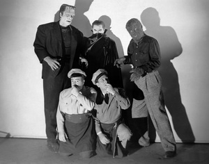 """Abbott and Costello Meet Frankenstein""Glenn Strange, Bela Lugosi, Lon Chaney Jr., Lou Costello, Bud Abbott1948 UI - Image 19699_0016"