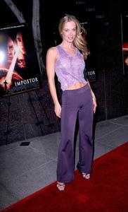 """""""The Impostor"""" Premiere 12/4/01Jennifer Gareis in Westwood, California © 2001 Scott Weiner - Image 19746_0007"""