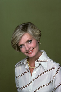 """The Brady Bunch Hour""Florence Henderson1977** H.L. - Image 19759_0003"