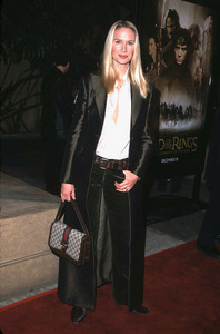 Kelly Lynch arrives at the premiere of Lord of the Rings:The Fellowship of the Ring held at the Egyptian theater in Hollywood Ca. 12/16/01. © 2001 Glenn Weiner - Image 19760_0108
