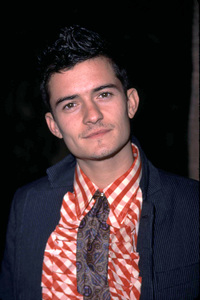 Orlando Bloom at the Lord of the Rings:The Fellowship of the Ring premiere that he stars in. Egyptian theater Hollywood California12/16/01. © 2001 Glenn Weiner - Image 19760_0126
