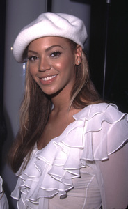 Beyonce Knowles at the 44th annual Grammy awards nominations Beverly Hilton Hotel Beverly Hills California 1/4/02. © 2002 Glenn Weiner - Image 19782_0103