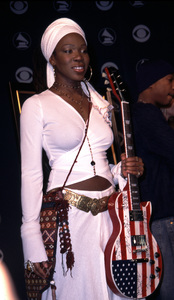 """""""Grammy Nomination Awards: 44th Annual"""" 1/04/02India Arie © 2002 Scott Weiner - Image 19782_0119"""