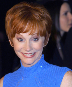 Reba McEntire at the 28th annual Peoples Cgoice awards held in Pasadena Ca. 1/13/02 © 2002 Glenn Weiner - Image 19804_0137