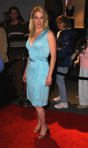 Poppy Montgomery arrives at the WB Network party in Pasadena California. 1/15/02. © 2002 Glenn Weiner - Image 19805_0142