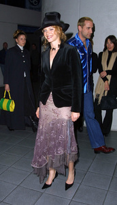 Amy Smart arrives at the premiere of her new film, Scotland PA. Held at the GCC Galaxy theater in Hollywood California 2/4/02. © 2002 Glenn Weiner - Image 19857_0101