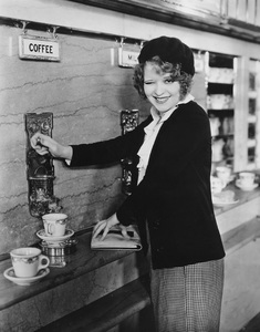 """No Limit""Clara Bow at the Automat1931 Paramount**I.V. - Image 19898_0005"
