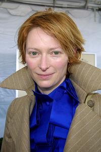 """""""IFP/West Independent Spirit Awards 2002""""3/23/02 Tilda Swinton © 2002 Glenn Weiner - Image 20118_0153"""