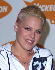 """Kids Choice Awards 2002: 15th Annual"" 4/20/02Pink © 2002 Glenn Weiner - Image 20120_0153"