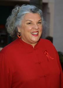 """Ribbon of Hope Gala"" 4/27/02Tyne Daly © 2002 Glenn Weiner - Image 20122_0139"
