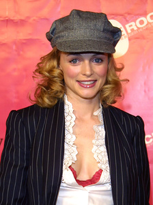 """Love Rocks Benefit"" 2/14/02Heather Graham © 2002 Glenn Weiner - Image 20126_0116"