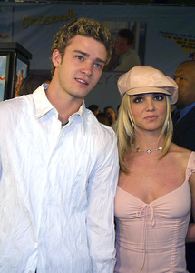 """Crossroads"" Premiere 2/11/02Justin Timberlake and Britney Spears © 2002 Glenn Weiner - Image 20133_0105"