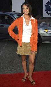 """Dress for Success"" 4/10/02Ruth Livier © 2002 Glenn Weiner - Image 20134_0123"