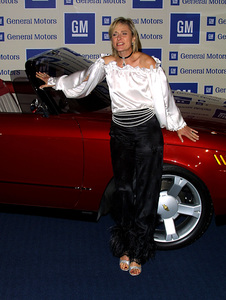 """""""GM Pre-Oscar Fashion Bash"""" 3/21/02Caoline Goodall © 2002 Glenn Weiner - Image 20144_0104"""