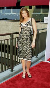 """Young Hollywood Awards: 4th Annual"" 5/5/02 Debi Entin © 2002 Glenn Weiner - Image 20155_0124"