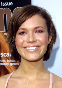 """""""Young Hollywood Awards: 4th Annual"""" 5/5/02 Mandy Moore © 2002 Glenn Weiner - Image 20155_0139"""