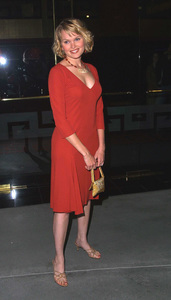 """The New Guy"" Premiere 5/7/02Sunny Mabrey © 2002 Glenn Weiner - Image 20156_0140"
