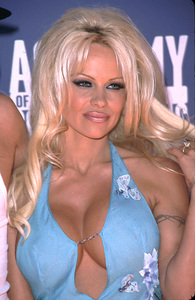 """""""Academy of Country Music Awards: 37th Annual""""5/22/02Pam Anderson © 2002 Glenn Weiner - Image 20184_0139"""
