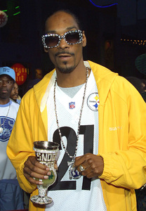 """Undercover Brother"" Premiere 5/30/02Snoop Dogg © 2002 Glenn Weiner - Image 20203_0145"