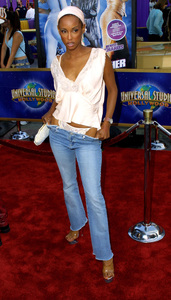 """""""Undercover Brother"""" Premiere 5/30/02Trini McGee © 2002 Glenn Weiner - Image 20203_0153"""
