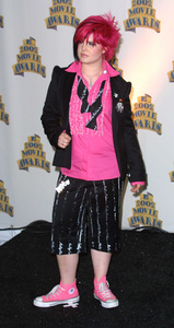 """MTV Movie Awards: 2002"" 6/01/02Kelly Osbourne © 2002 Glenn Weiner - Image 20204_0138"