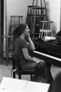 Carole King and her daughter at a rehearsal in New York City1970 © 1978 Gary Legon - Image 20231_0012