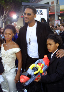 """Men in Black 2"" Premiere 6/26/02Will Smith with wife Jada Pinkett Smith and kids © 2002 Glenn Weiner - Image 20279_0150"