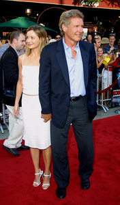 """ K-19: The Widowmaker"" PremiereHarrison Ford and his girlfriend Calista Flockhart at the world premiere. Mann Village Theatre Westwood California. 7/15/02 © 2002 Glenn Weiner - Image 20309_0009"