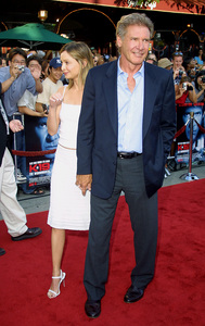 """ K-19: The Widowmaker"" PremiereHarrison Ford and his girlfriend Calista Flockhart at the world premiere. Mann Village Theatre Westwood California. 7/15/02 © 2002 Glenn Weiner - Image 20309_0010"