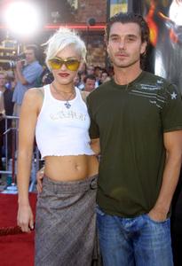 """XXX"" Premiere 8/5/02Gwen Stefani and fiance Gavin Rossdale © 2002 Glenn Weiner - Image 20362_0136"