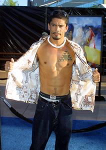 """Blue Crush"" Premiere 8/8/02Kala Alexander © 2002 Glenn Weiner - Image 20366_0116"
