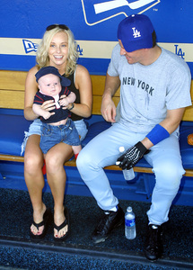 Hollywood Stars Baseball Game 8/10/02David Boreanaz with wife Jaime Bergman and son © 2002 Glenn Weiner - Image 20372_0115
