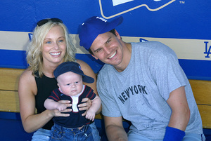 Hollywood Stars Baseball Game 8/10/02David Boreanaz with wife Jaime Bergman and son © 2002 Glenn Weiner - Image 20372_0116