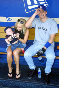 Hollywood Stars Baseball Game 8/10/02David Boreanaz with wife Jaime Bergman and son © 2002 Glenn Weiner - Image 20372_0118