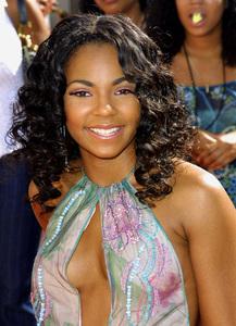 Lady of Soul Train Awards: 8th Annual, Civic Center, Pasadena, CAAshanti 8/24/02 © 2002 Glenn Weiner - Image 20398_0105