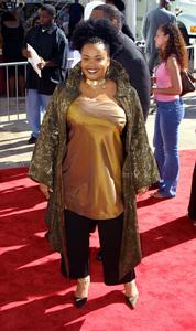 Lady of Soul Train Awards: 8th Annual, Civic Center, Pasadena, CAJill Scott8/24/02 © 2002 Glenn Weiner - Image 20398_0124