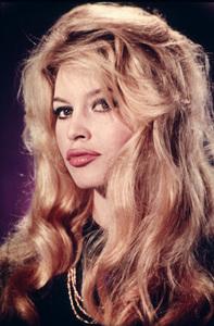 "Brigitte Bardotpublicity still for ""Voulez-Vous Danser Avec Moi?""1959**I.V.MPTV - Image 2043_0100"