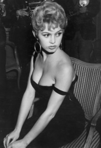 Brigitte BardotC. 1955**I.V. - Image 2043_0107